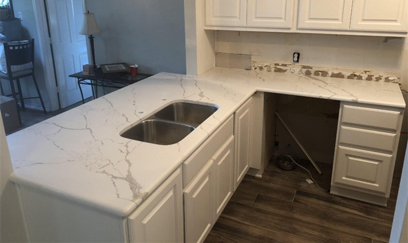 calacatta white quartz kitchen countertops